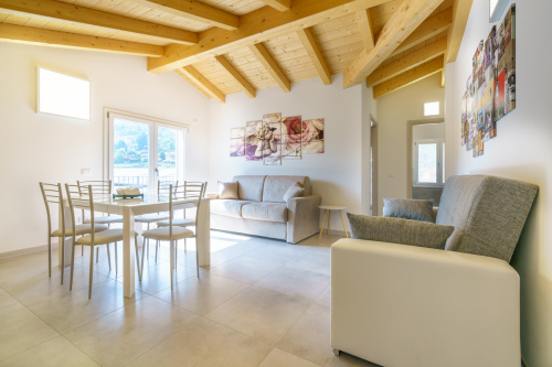 Self-contained apartment in Domaso