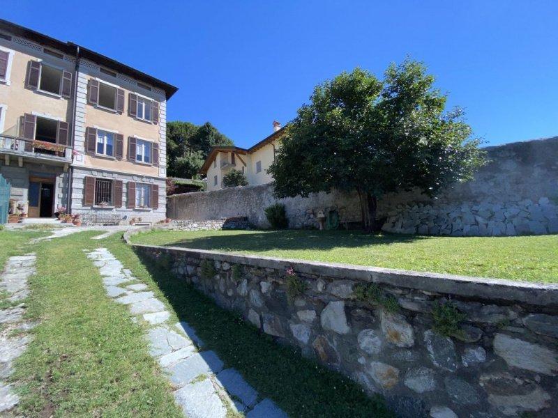 Casa semi-independiente en Domaso