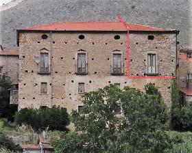 Palazzo a Esperia