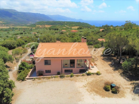 Detached house in Alghero