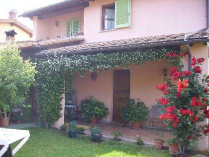 Casa adosada en Scarperia e San Piero