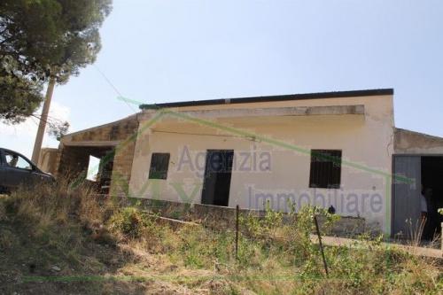 Villa in Alessandria della Rocca