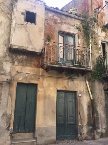 Casa en Cianciana