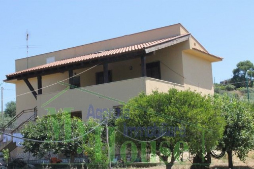 Villa in Cianciana