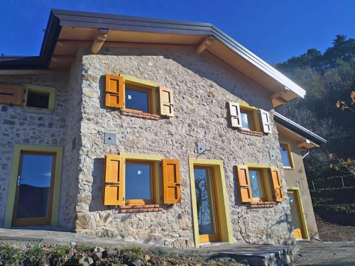Detached house in Tremosine