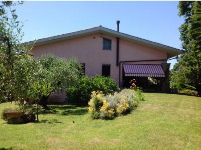 Villa a Lanuvio