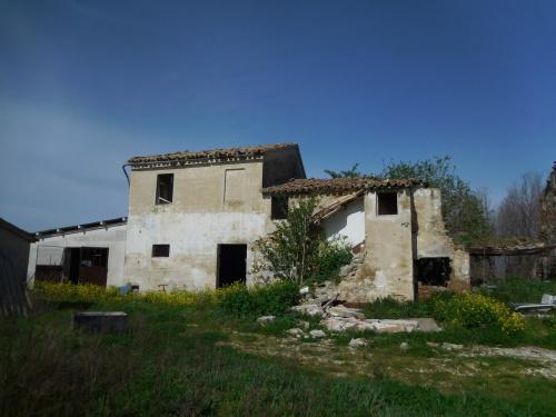 Huis op het platteland in Castelplanio