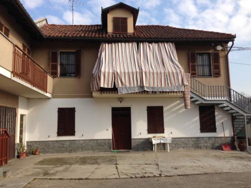 Casa en Asti