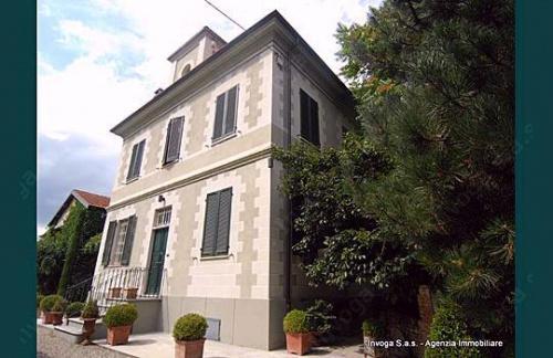 尼扎蒙费拉托独栋房屋