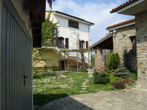 Haus in Castelletto d'Erro