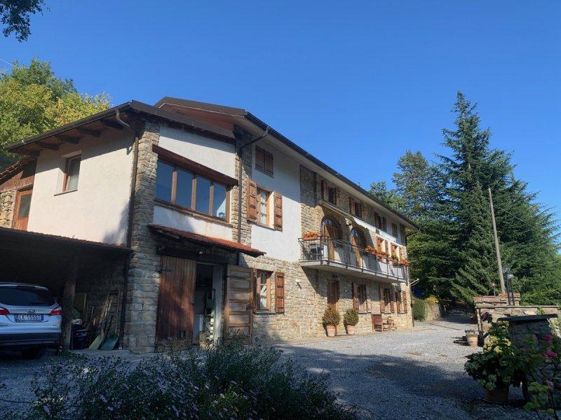 Casa en Gorzegno