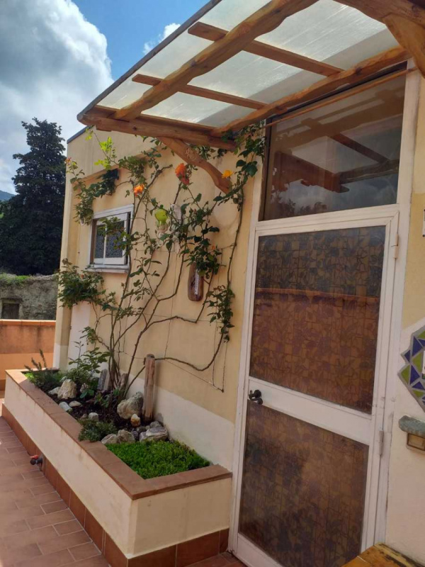 Self-contained apartment in Calenzano