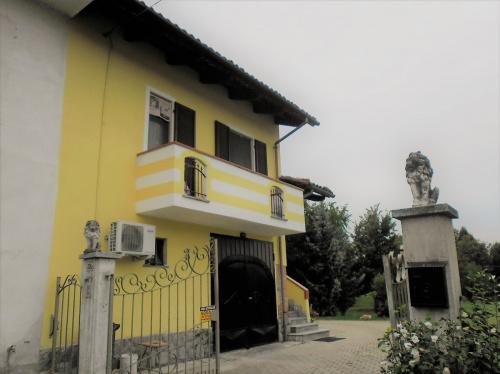 Casa semi-independiente en San Damiano d'Asti