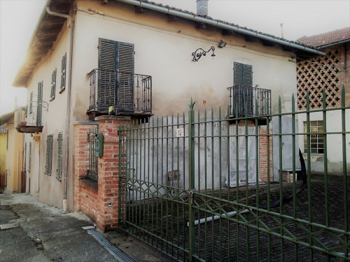 Casa semi-independiente en San Martino Alfieri