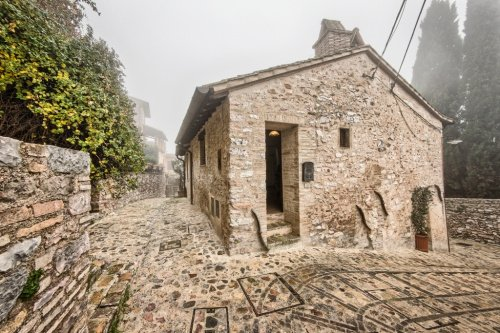 Half-vrijstaande woning in Spello