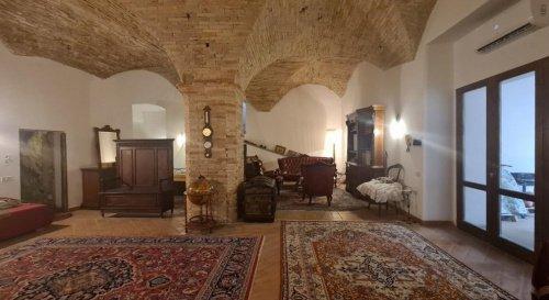 Историческая квартира в Треви