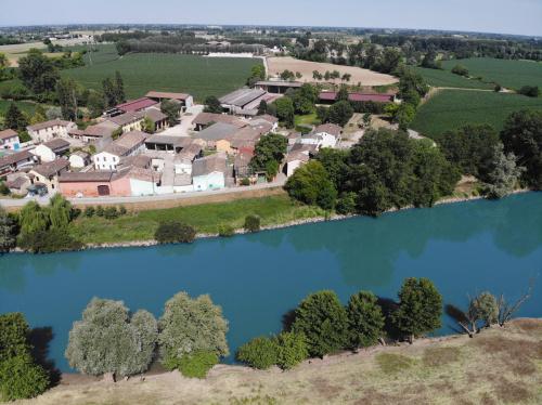 Hus på landet i Canneto sull'Oglio