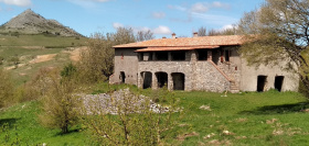 Masseria (lantgårdshus) i Santa Fiora