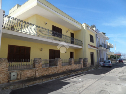 Villa i Taviano