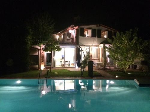 Landhaus in Castagnole delle Lanze