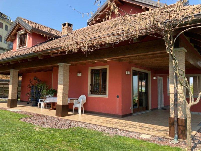 Villa in Castell'Alfero