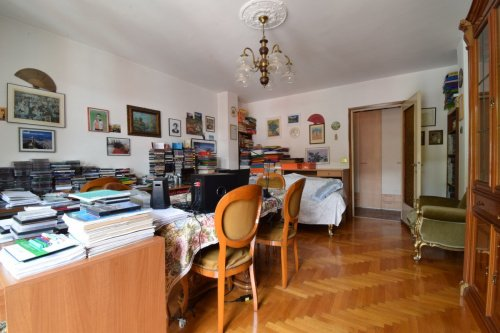 Lägenhet i Châtillon
