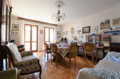 Apartamento em Châtillon