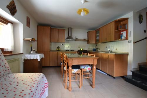 Doppelhaushälfte in Châtillon