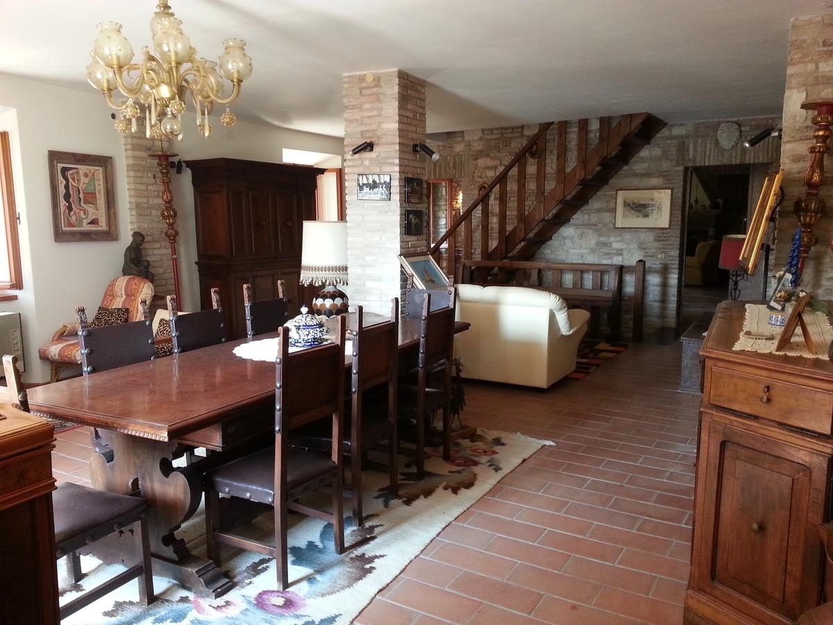 Historisches Haus in Pergola