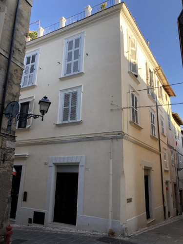 Casa indipendente a Terni
