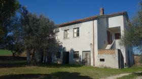 Country house in Rosciano