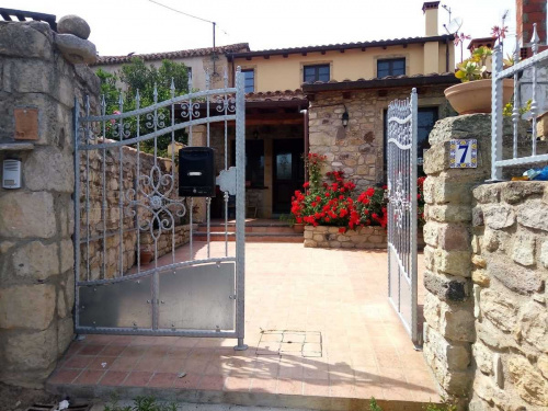Detached house in Usellus