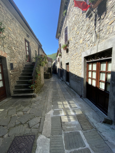 Историческая квартира в Личчана-Нарди