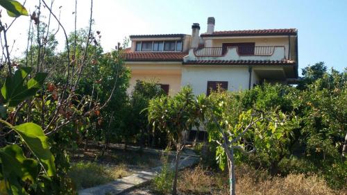 Villa in Roccella Ionica