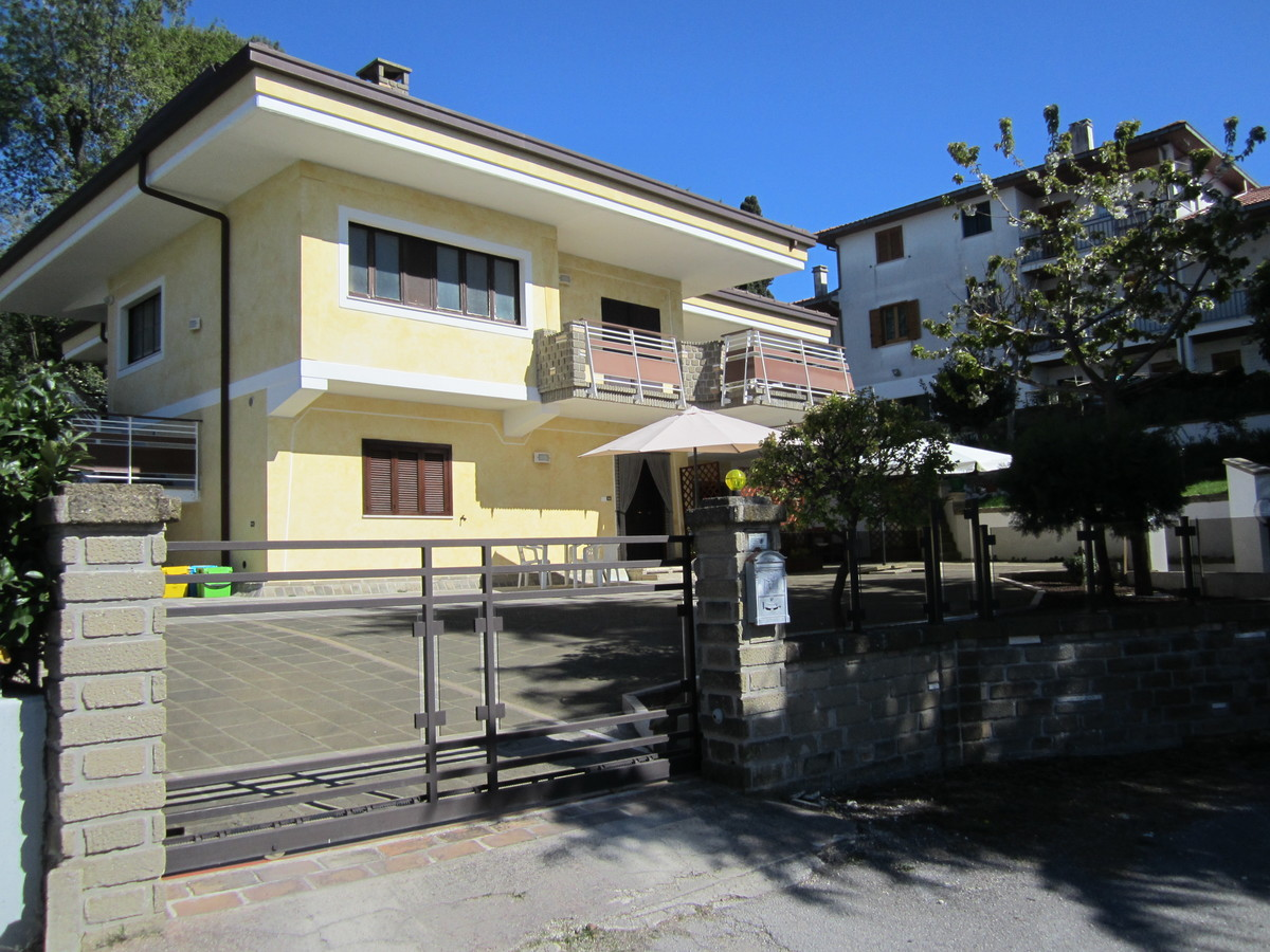 Self-contained apartment in Castel Frentano