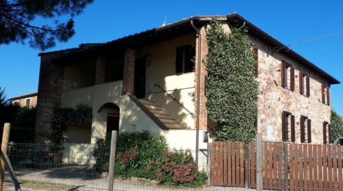 Отдельно стоящий дом в Кастильоне-дель-Лаго