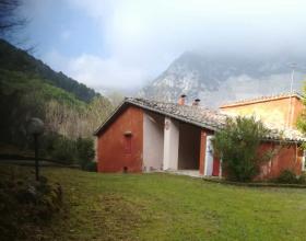 Отдельно стоящий дом в Фабриано