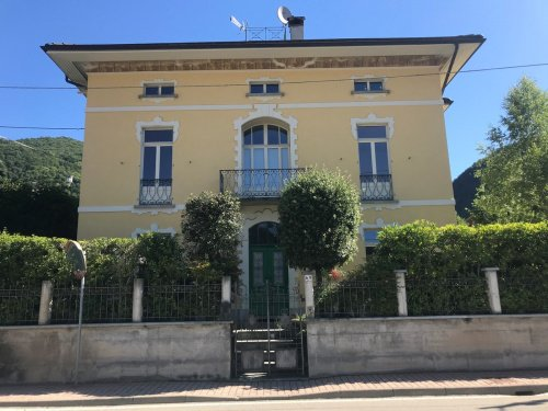 Villa en Varallo