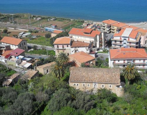 Baglio in Santo Stefano di Camastra