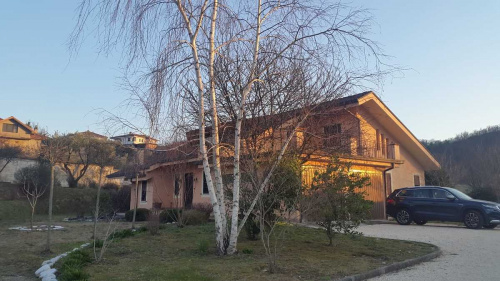 Villa a Broccostella