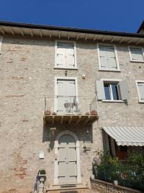 Onafhankelijk appartement in Gardone Riviera