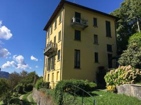 Villa in Veleso