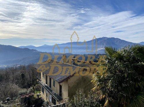 Villa en Cossogno