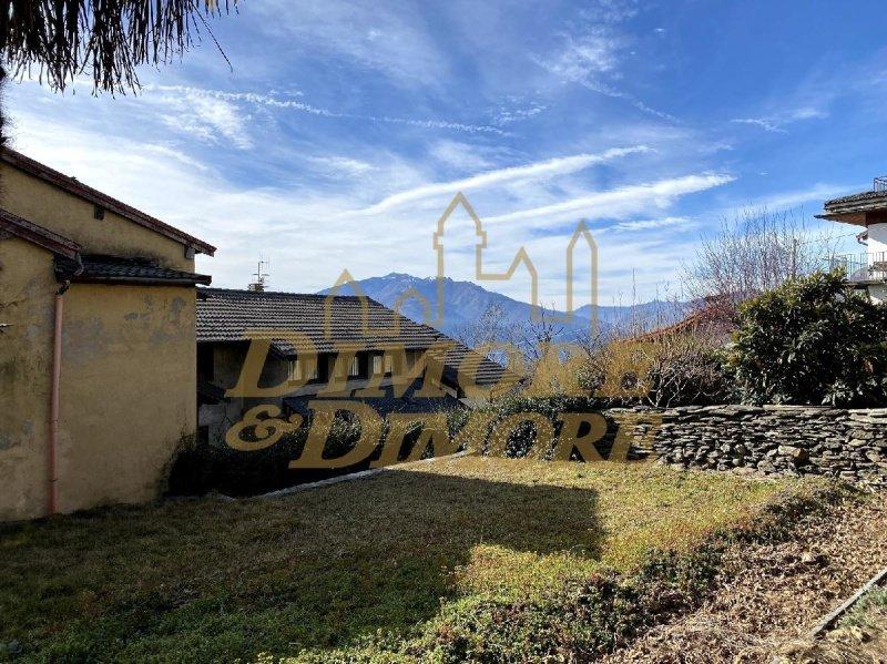 Villa in Cossogno
