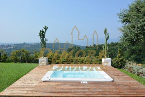 Villa in Besozzo