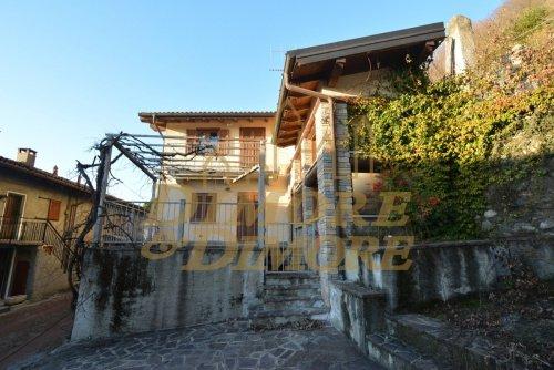 Villa in Laveno-Mombello