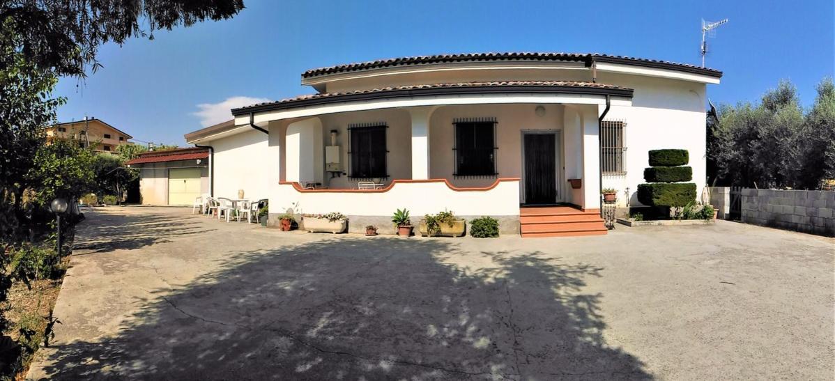 Villa in Caulonia