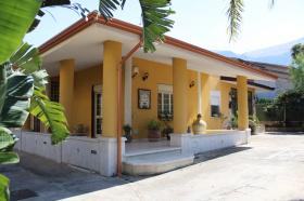 Villa en Carini