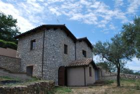 Casa di campagna a Palombara Sabina