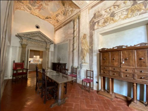Historic apartment in Florence